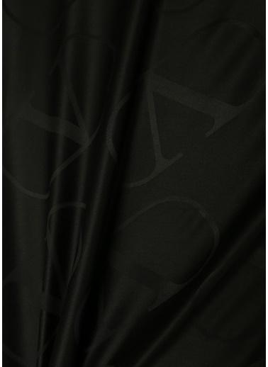 Valentino Garavani Şal Siyah